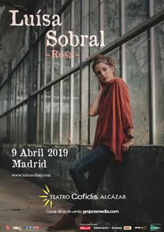 Luísa Sobral en concierto – Rosa
